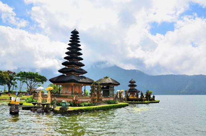 盛夏时光,在巴厘岛,龙目岛的日子