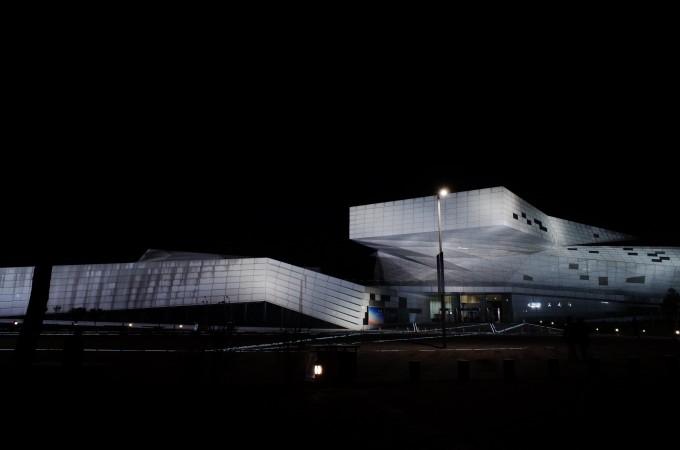东南大学建筑设计研究院设计) 山西省大剧院(法国夏邦杰事务所设计)