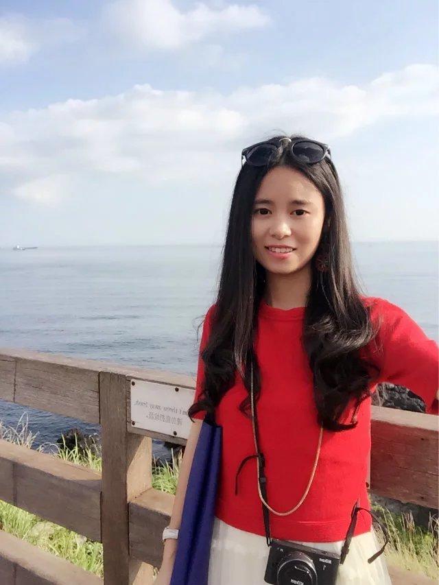我是从上海去的济州岛,航班订的是春秋航空来回,闺蜜津津是从北京飞
