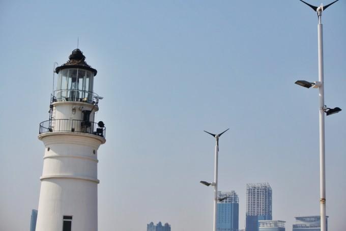 钟到达★情人坝的灯塔
